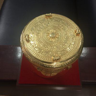 Trống đồng 15cm mạ vàng